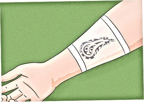 Birinchi kuningizda tatuirovkangizga g'amxo'rlik qiling