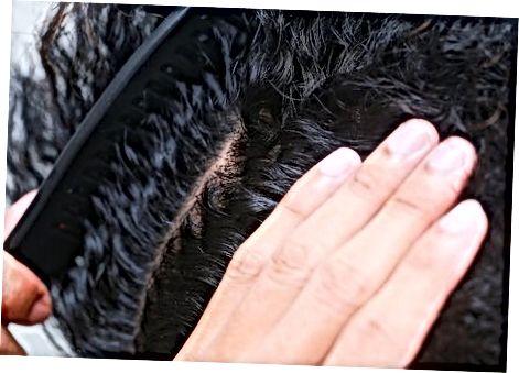 Afro-teksturali yoki mahkam jingalak sochlar