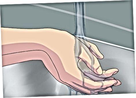 Pirsingni dengiz tuzi bilan tozalash