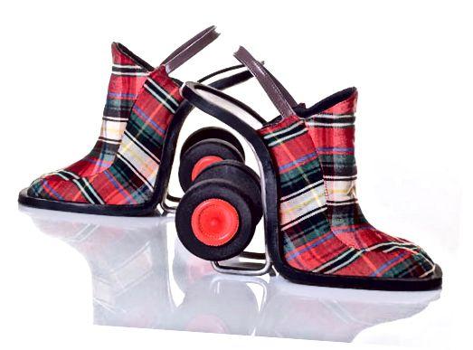 Zoek je clankleuren op en laat deze schoenen op maat maken om de wereld te laten zien wie de betere vishandelaar is.