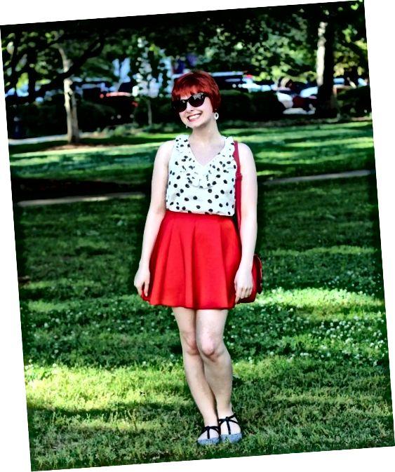 Co na sebe s bruslařskou sukní