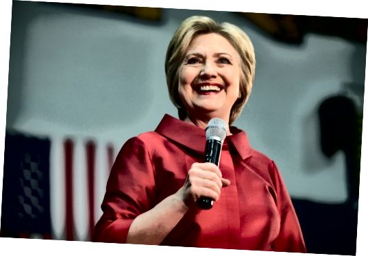 Fir soulaang d'Hillary Clinton eng ëffentlech Figur war, war si och blond.