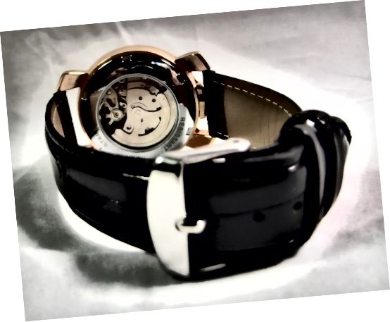 توجه داشته باشید که سگ تسمه با رنگ کیف Winner U8060 Automatic Watch مطابقت ندارد