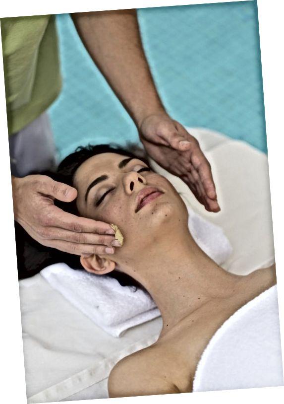 درمان آبگرم صورت