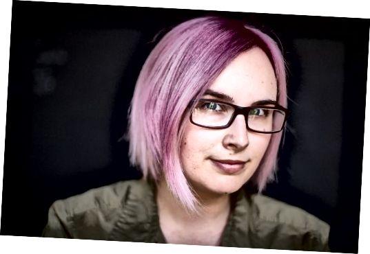 Pokud chcete získat odstín, jako je tento, budete pravděpodobně muset nejprve vybělit vlasy - pokud již nemáte opravdu světlé vlasy.