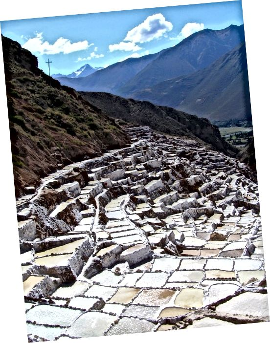حوضچه های تبخیر نمک ماراس در پرو از زمان تمدن اینکا استفاده شده است.