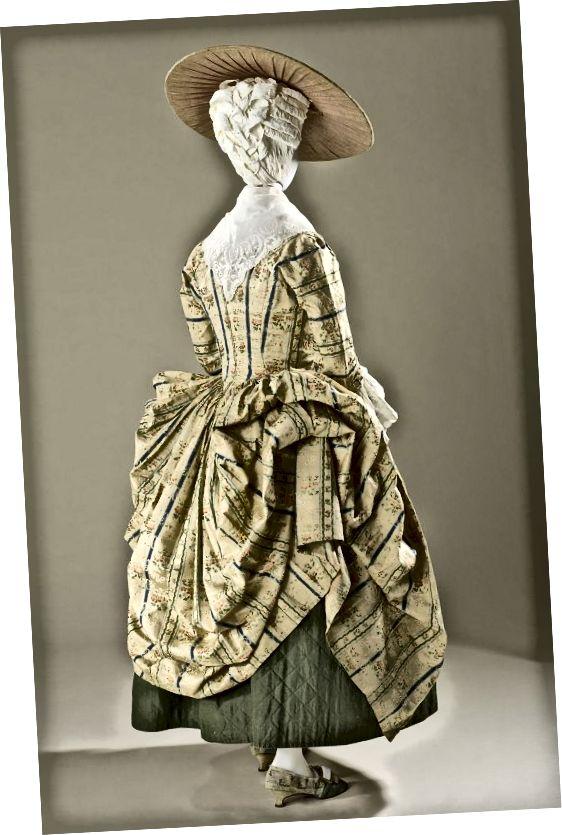 Στύλ Polonaise, γύρω στο 1775: κοντύτερος στρίφωμα και ντυμένο φόρεμα