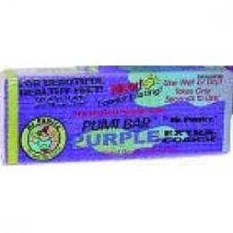 ນາຍ Pumice Extra-Coarse Pumi Bar ມີສອງດ້ານທີ່ແຕກຕ່າງກັນ - ສ່ວນ ໜຶ່ງ ແມ່ນມີຮອຍຂີດຂ່ວນຫຼາຍຂື້ນແລະດ້ານ ໜຶ່ງ ລຽບກວ່າ - ເຊິ່ງເຮັດໃຫ້ມັນ ເໝາະ ສຳ ລັບໃຊ້ກັບສ່ວນຕ່າງໆຂອງຮ່າງກາຍ.