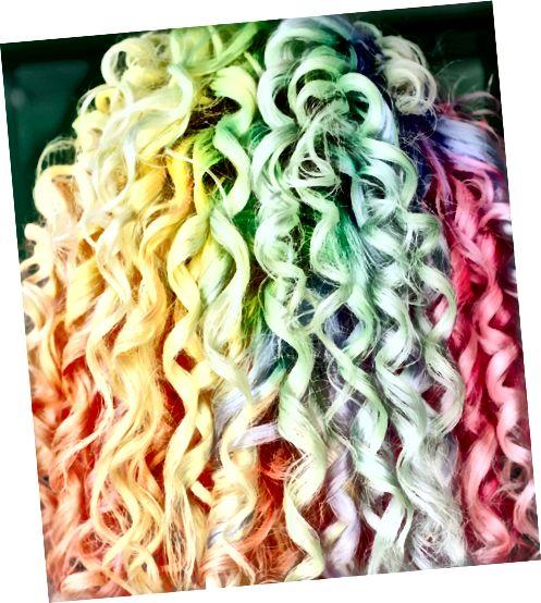 موهای رنگین کمان