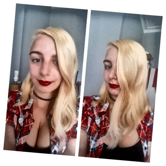 Moje vlasy po prvním ošetření Schwarzkopf Hair Color Expert Omegaplex Dye, Lightener L9 ++