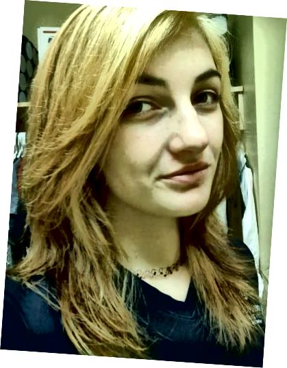 मेरे बाल अभी भी नारंगी और पीले थे और आसमानी नीले रंग की कोशिश करने के लिए पर्याप्त प्रकाश नहीं थे। आश्चर्य चकित, मैंने इसे वैसे भी किया।