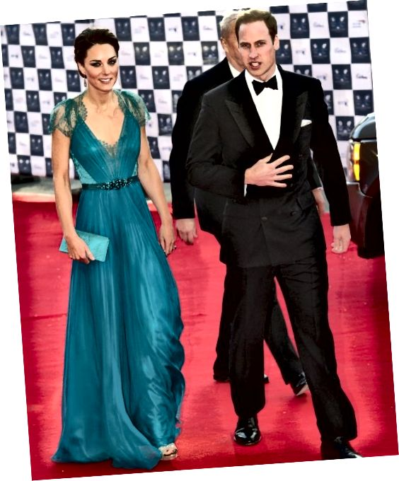 Η Kate Middleton και ο Prince William φτάνουν στο εορταστικό δείπνο της μεγαλύτερης ομάδας μας στο Albert Hall του Λονδίνου