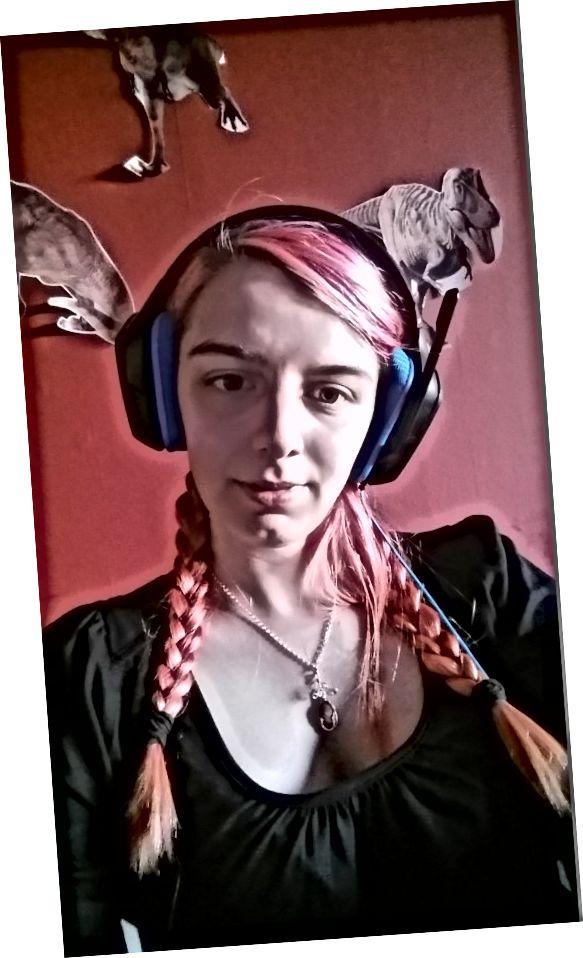 Warna rambut saya 5 minggu setelah mewarnai dengan Fudge Paintbox Raspberry Beret
