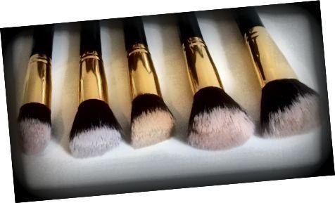 Bh Cosmetics (5 míchacích štětců)