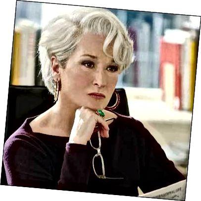 Εάν αμφιβάλλατε ότι αυτό το χρώμα θα μπορούσε να φαίνεται λαμπερό, δείτε αυτήν την εικόνα της Meryl Streep για να ξεπλυθούν οι αμφιβολίες σας.