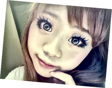 Οι σωστοί φακοί επαφής μπορούν να σας κάνουν να μοιάζετε με κούκλα.