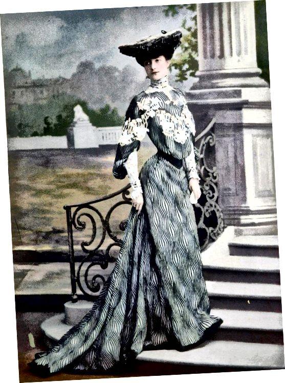 मोनोबोसोम शैली लगभग 1903