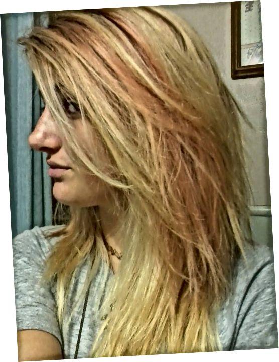 Ihned po vymytí barviva a vysušení vlasů.