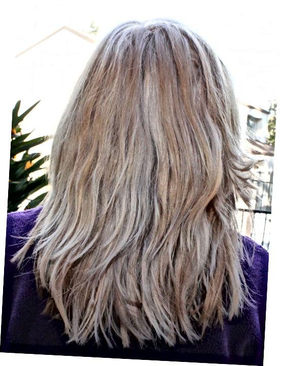 Toner opravdu pomohl působit proti oranžové, ale vlasy prostě nebyly dostatečně světlé, aby fungovaly na 100%.