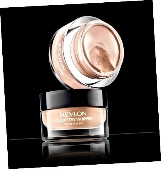 Revlon գույնը մնում է հարած սերուցք