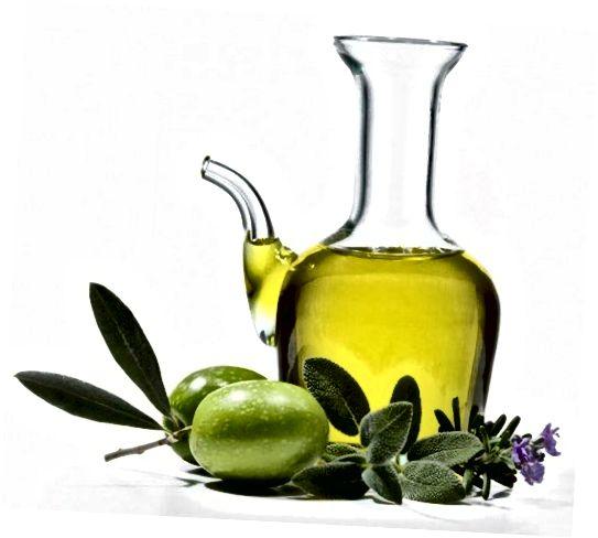 Η ελιά και άλλα κοινά έλαια μπορούν να ενυδατώσουν το δέρμα σας και να βοηθήσουν στη μείωση των ουλών.