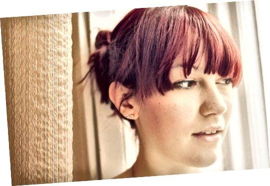 Červené vlasy vypadají skvěle dlouhé nebo krátké.