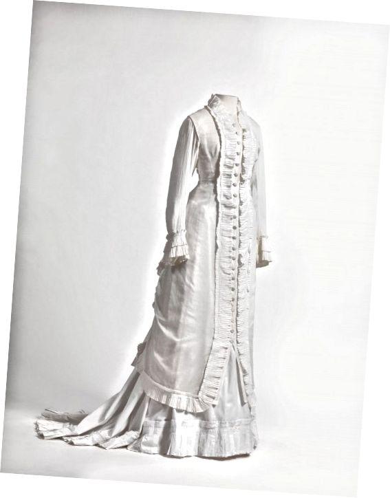 Šaty pro princezny v lehké kambrici (těsně tkané bílé prádlo nebo bavlna)