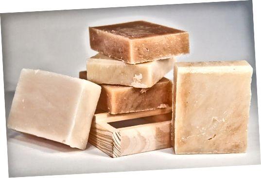 Bambucké maslo je jedným z najúčinnejších telových zvlhčovačov v okolí.
