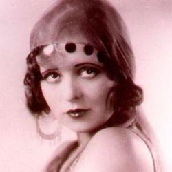 Սիրուն Clara Bow