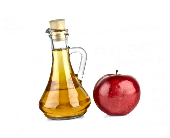 Jablečný ocet pomáhá odstraňovat přebytečný olej v pokožce