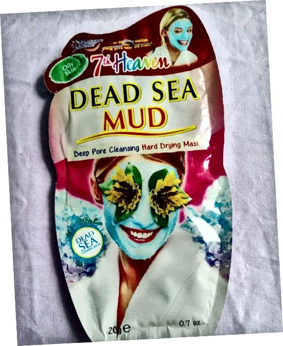 A embalagem exterior da 7ª Máscara Facial de Lama do Mar Morto do Céu.