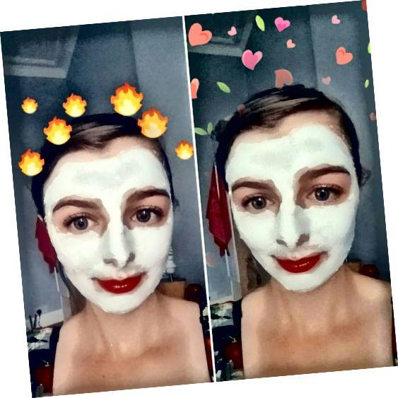 A máscara facial de lama do 7º Céu do Mar Morto em uso no meu rosto enquanto secava.