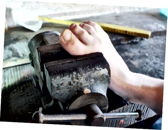 Είναι αναπόφευκτος ο πόνος στα πόδια στα παπούτσια;