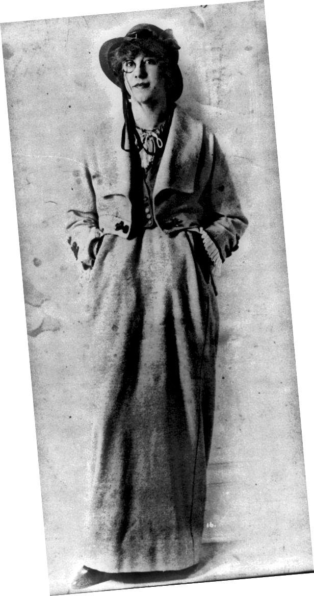 کت و شلوار خاکستری پویرت 1914