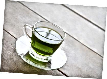 Zielona herbata jest pełna przeciwutleniaczy.