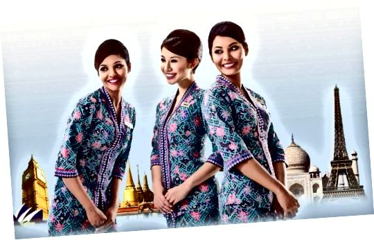 Malaysian Airline Flight Attendants in hun Sarong Kebaya-uniformen