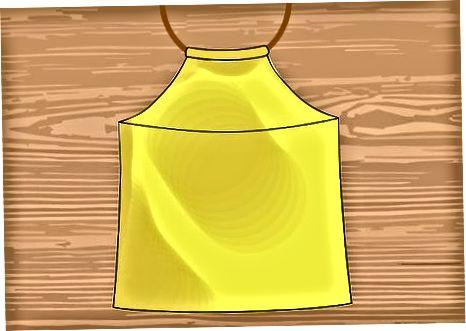 T-krekla pārveidošana par Halter Top