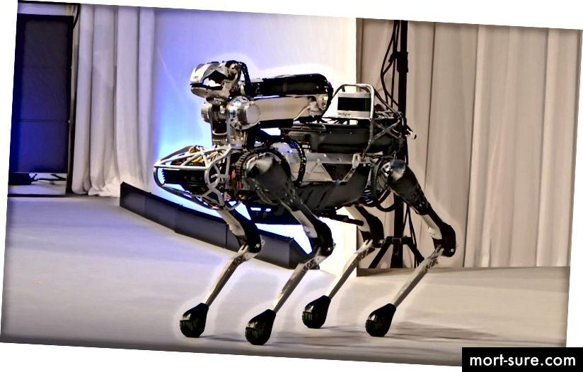Boston Dynamics on üks kuulsamaid ettevõtteid, kes toodab täiustatud tööstusroboteid, tutvustades siin oma SpotMini robotit.