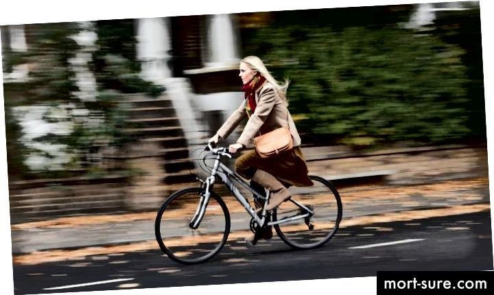https://aos.iacpublishinglabs.com/question/aq/700px-394px/fast-average-person-ride-bike_cf053029272716e0.jpg?domain=cx.aos.ask.com