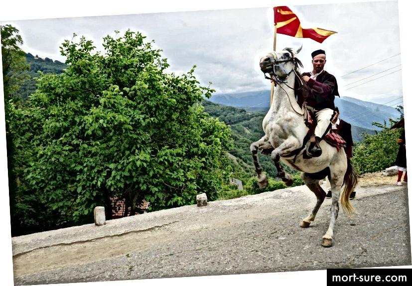 Pernikahan Galičnik adalah tradisi Makedonia yang membanggakan