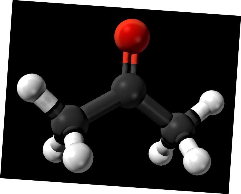 एसीटैल्डिहाइड और एसीटोन के बीच अंतर