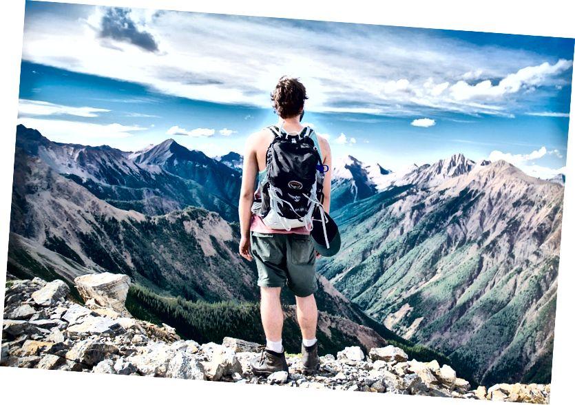 الفرق الرئيسي بين الرحلة والسفر
