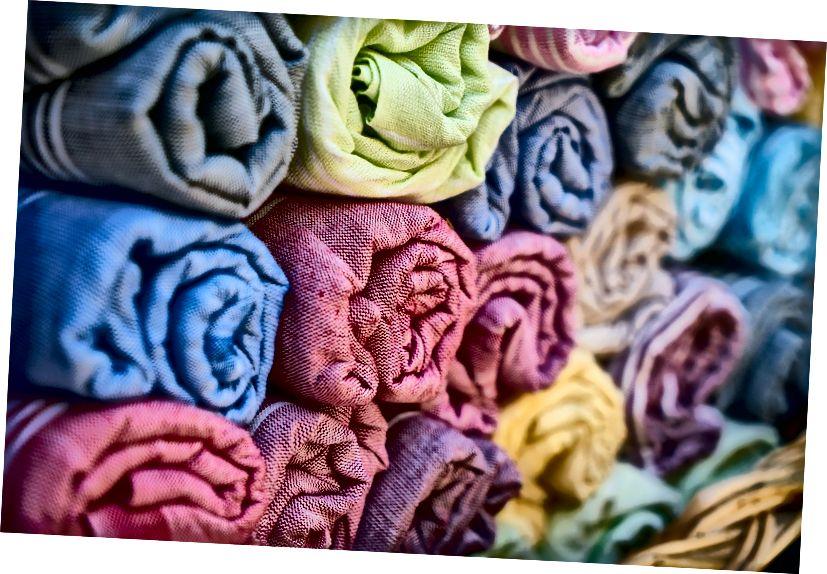 Hauptunterschied - Baumwolle gegen Baumwollmischung