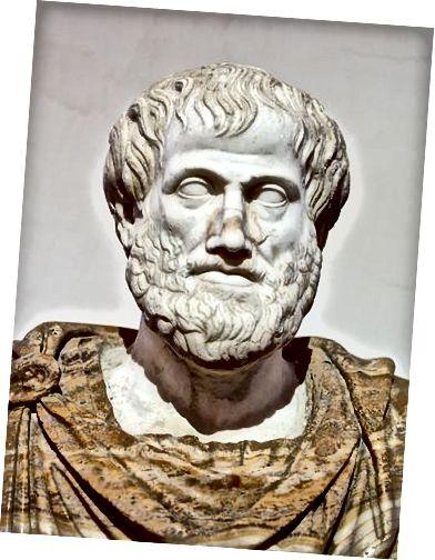 Különbség Platón és Arisztotelész között