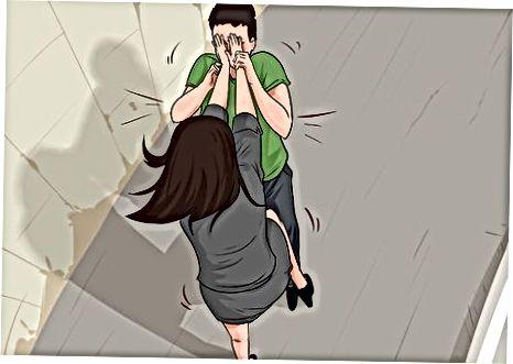 Zostaňte v bezpečí, keď ste sami