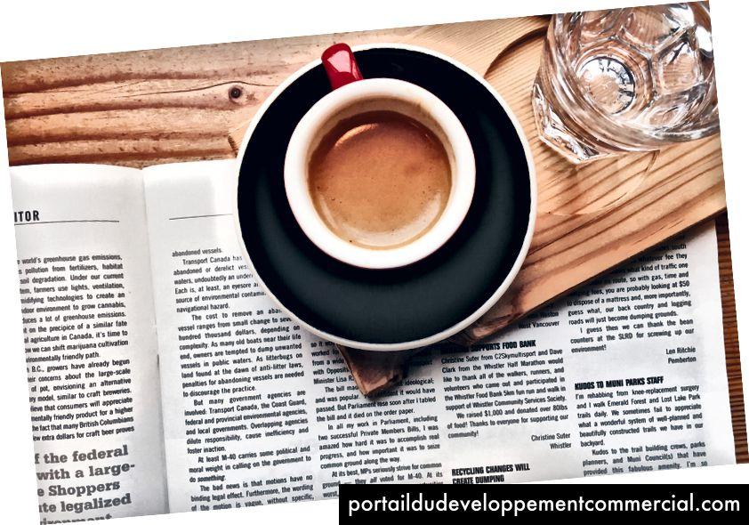 Uklonite mobilni telefon ujutro kao izlaz, umjesto toga uzmite kavu ili knjigu.