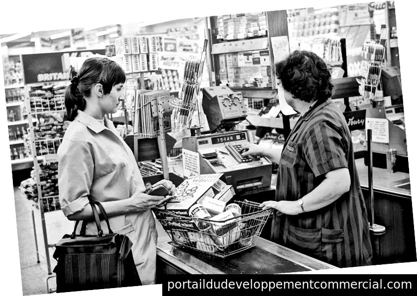 Supermarché Tesco, 1969. Photo: Arthur Jones / Mirrorpix / Getty Images
