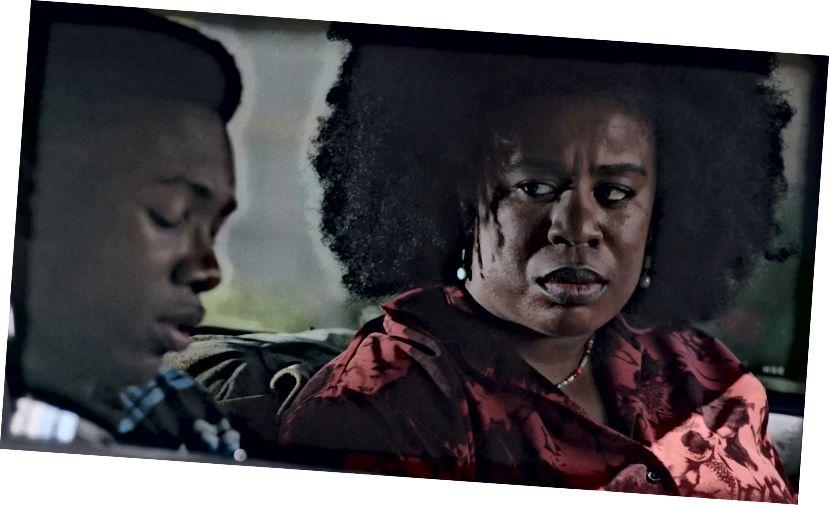 Niles Fitch als James und Uzo Aduba als Miss Virginia (mit freundlicher Genehmigung von Vertical Entertainment)