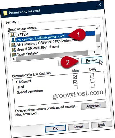 Poista käyttäjä Käyttöoikeudet-valintaikkunassa Windowsin rekisterissä