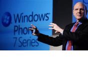 Steve Ballmer esittelee Windows Phone 7: n